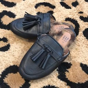 Gap Girls Black Tassel Loafer w/ Fur Sz 12